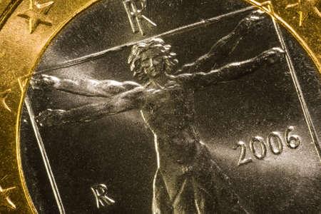 enlarged: notevolmente allargata dettagli di una moneta da un euro