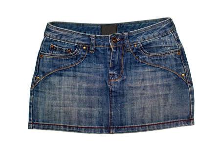 falda corta: azul, falda de mezclilla corta aisladas sobre fondo blanco Foto de archivo