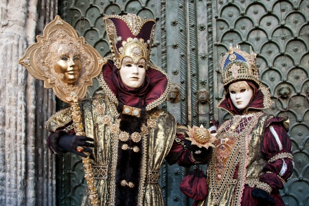 Venizianische masks in front of the Doges Palace photo