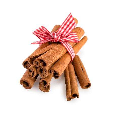 cinnamon sticks: Cinnamon Sticks Isolated on White
