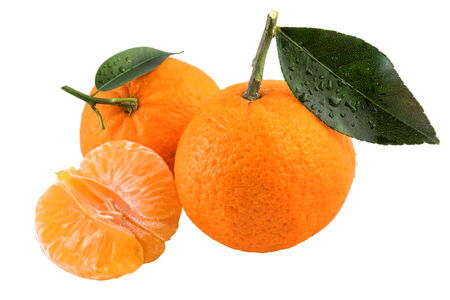 citrus reticulata: Fresh tangerines fruit isolated on a white background.