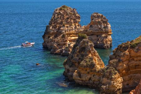 algarve: Algarve rocks boat excursion
