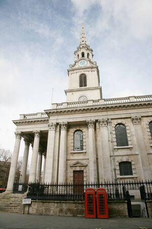 St Martin Church is near Trafalgar Square   photo