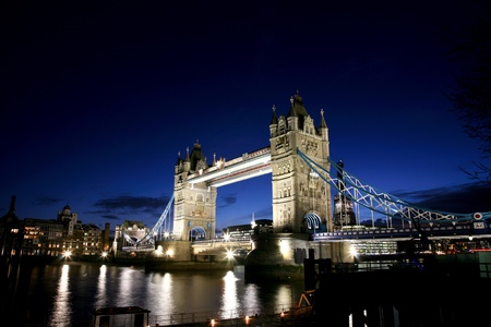 movable bridge: Thames River Night View with Tower Bridge