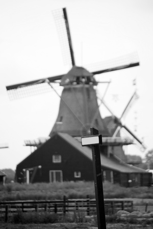 Windmills of Zaanse Schans, North Holland. Zaanse Schans is famous for its collection of well-preserved historic windmills and houses Stock Photo - 10673056