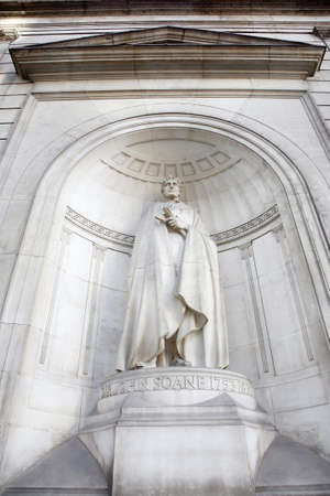 specialised: Statue of Sir John Soane, English architect who specialised in the Neo-Classical style and his best known work was Bank of England, at the Bank of England.
