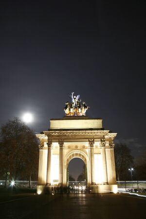 The Wellington Arch( also known as Constitution Arch) is a triumphal arch located in central London, near south of Hyde Park , to commemorate Britains victories in the Napoleonic Wars.   photo