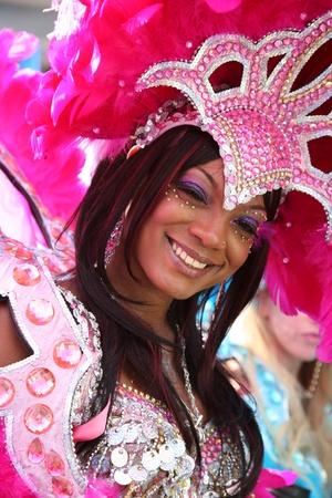 notting: Londres, Reino Unido - 30 de agosto de 2010: Segundo d�a de 2010 Carnaval de Notting Hill. Este es uno de los m�s grandes festivales de Europa y el desfile tendr� lugar durante dos d�as. El primer d�a se conoce como el D�a del Ni�o. Editorial