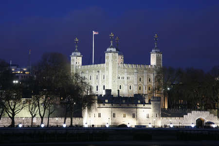 Tower of London seen from North Bank at Night Stock Photo - 12520769