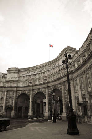 webb: Admiralty Arch, designed by Sir Aston Webb, completed in 1912,  located between The Mall and Trafalgar Square   Stock Photo