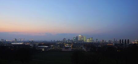 canary wharf: London Skyline seen from Greenwich Park. Overlooking Canary Wharf with Maritime Museum.