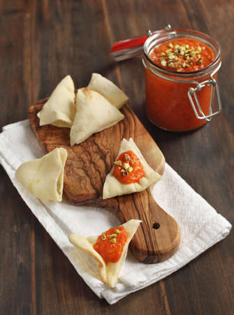 sause: Roasted red pepper dip