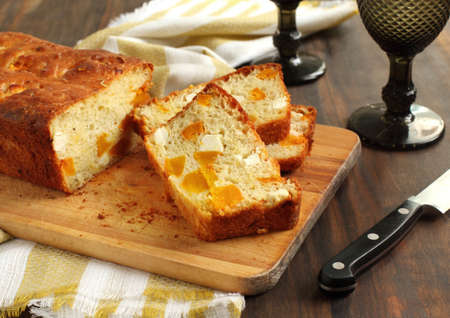 Butternut pumpkin and feta loaf Stock Photo - 16166816