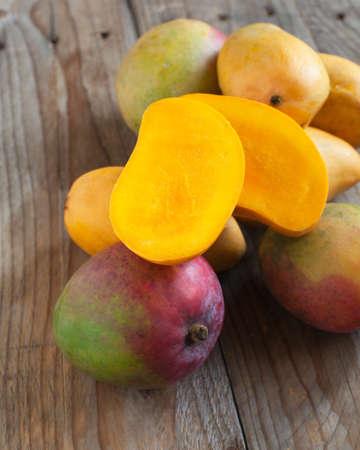 Fresh mango Imagens