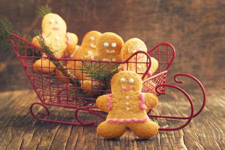 gingerbread: Gingerbread man cookies