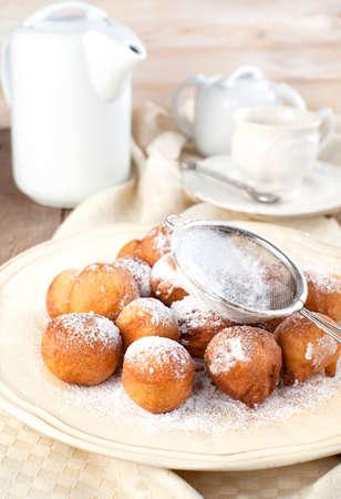 bign�: Zucchero e cannella frittelle