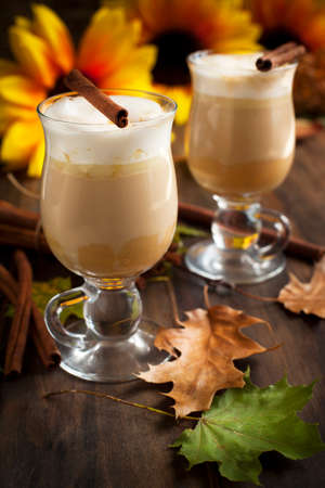 spice: Pumpkin spice latte with whipped cream and caramel Stock Photo