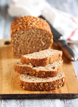 avena: Pan de grano entero.