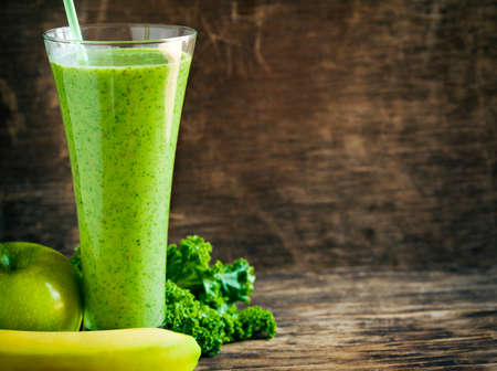 juice fresh vegetables: Green juice. Healthy drink