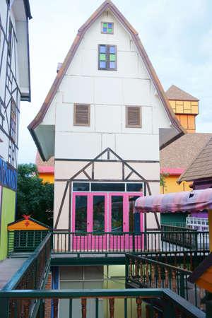 case colorate: case colorate nel parco