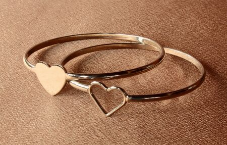 shaped: two ring shaped heart