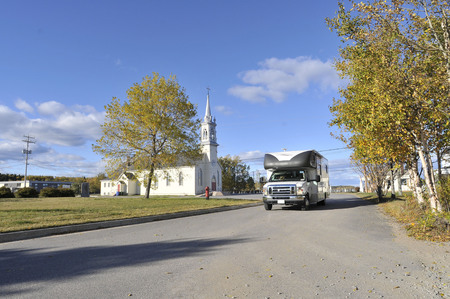indian summer: roadtrip with motorhome in Indian summer Quebec Canada