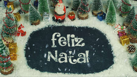 Stop motion animation of Feliz Natal (Portuguese), in English Merry Christmas Imagens - 91543545