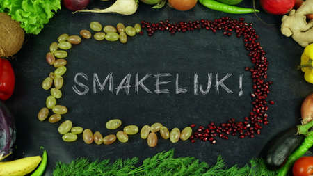 Smakelijk Dutch fruit stop motion, in English Bon appetit 免版税图像 - 91545505
