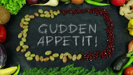 Gudden appetit Luxembourgish fruit stop motion, in English Bon appetit 免版税图像 - 91546549