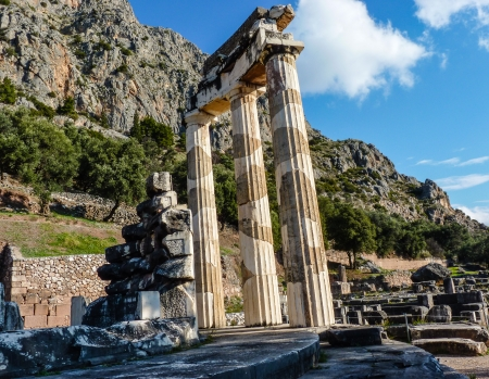 oracle: Temple of Athena pronoia at Delphi oracle in Greece