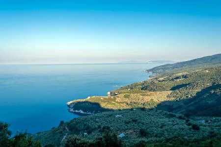 Shoreline in Pelion at Greece. Seascape. 免版税图像