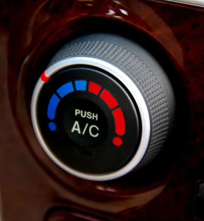 chaud froid: Air Conditioner bouton Banque d'images