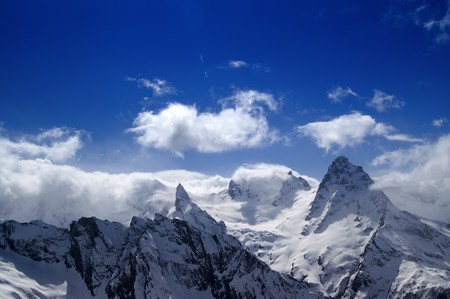 dombai: Mountains in cloud. Caucasus. Dombai. Belalakaya, Sofrudzhu.