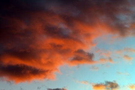 Fiery sunset sky Stock Photo - 16451669