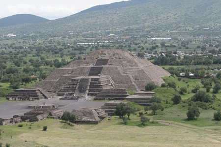 Pyramid of the Sun (second largest in the New World after the Great Pyramid of Cholula) in Teotihuacan (Teotihuacán), archaeological site in the Basin of Mexico,with the largest pyramidal structures from pre-Columbian Americas. July 29th, 2010