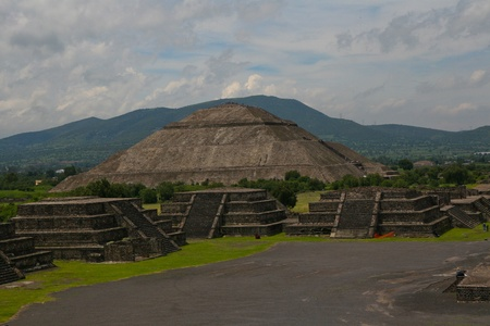 Pyramid of the Sun (second largest in the New World after the Great Pyramid of Cholula) in Teotihuacan (Teotihuac�n), archaeological site in the Basin of Mexico,with the largest pyramidal structures from pre-Columbian Americas. July 29th, 2010 Stock Photo - 11748714
