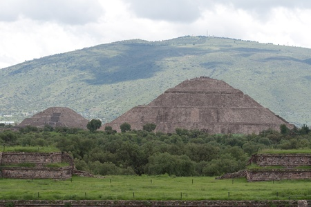 Teotihuacan (Teotihuacá,n), archaeological site in the Basin of Mexico.