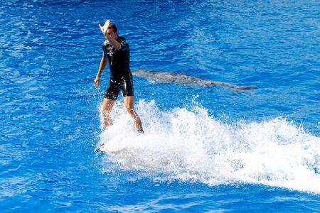 Dolphins' show at the Oceanographic (Valencian: L'Oceanogr�fic, Spanish: El Oceonogr�fico) in The City of Arts and Sciences (Valencian: Ciutat de les Arts i les Ci�ncies, Spanish: Ciudad de las Artes y las Ciencias) on July 28, 2011 in Valencia, Spain Stock Photo - 11829671