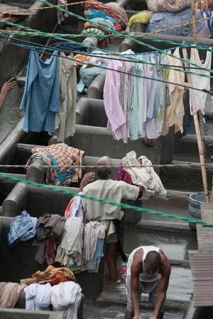 dhobi ghat: MUMBAI - JUNE 24: People at Dhobi Ghat, the worldMUMBAI - JUNE 24: People at Dhobi Ghat, the world