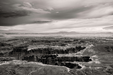 mesas: Canyonlands National Park view - Utah USA - Black White Stock Photo
