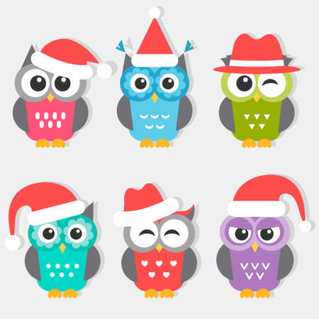 Icons of cute owls with Christmas hats Stockfoto - 127400856