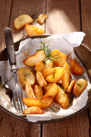 baked: baked potatoes