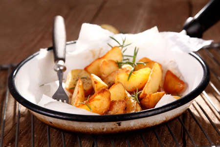 baked potatoes: baked potatoes