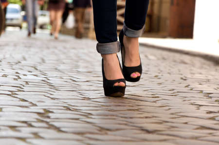 beautiful ankles: girl goes on city streets