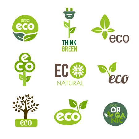 Inzameling van groene pictogrammen die de natuur en ecologische levensstijl