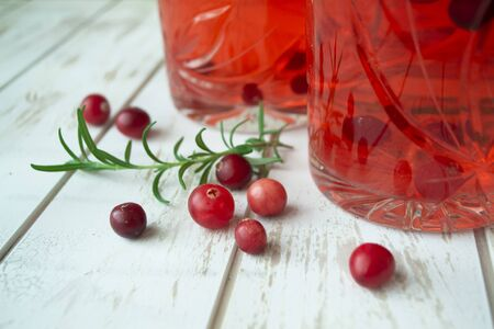 cranberry juice with fresh wild berries close up Stockfoto