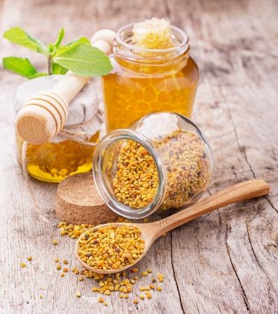 Risultati immagini per immagine smoothie di carote e mango con polline d'api