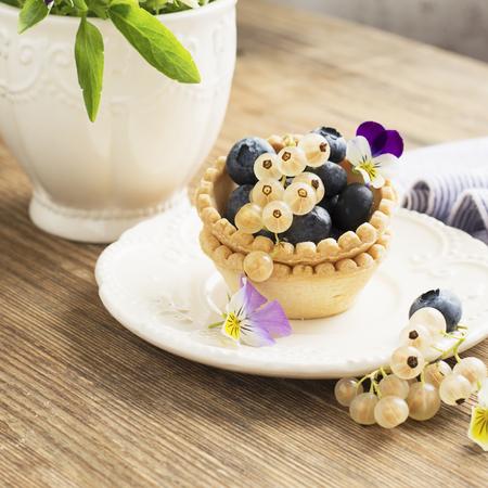 recipe: how to serve fresh berries [27]