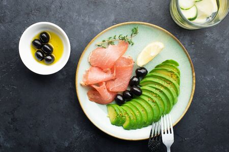 Meat, avocado, olives are an excellent keto snack 版權商用圖片