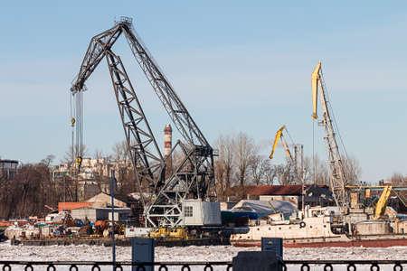 industrial landscape: Inverno paesaggio industriale